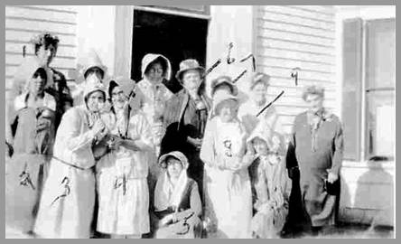 Bonnet Club ladies photo