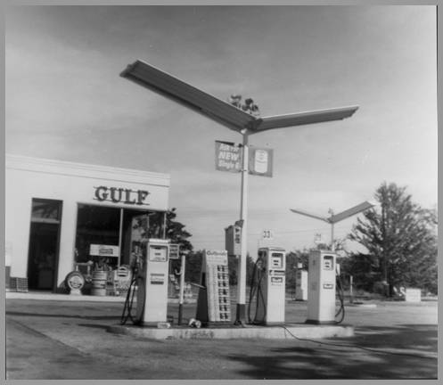 Photo of Pete Morrow's Gulf Station